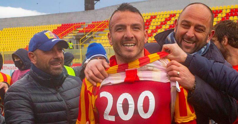 200 gol Evacuo